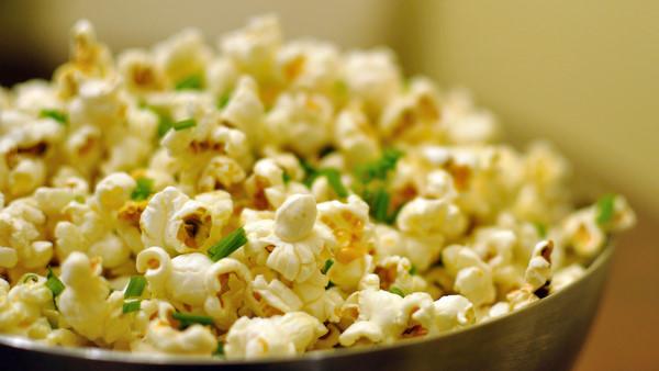 DSC 5244 dijon buttered popcorn