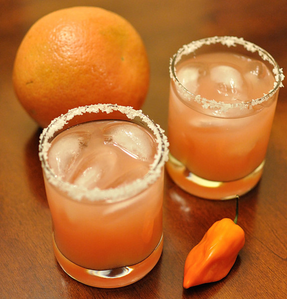 DSC 5387 thirsty thursday | spicy grapefruit margaritas