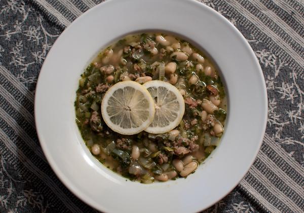 DSC 7297 sausage & white bean soup